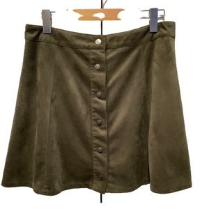 FOREVER 21 FAUX SUEDE MINI SKIRT SZ L